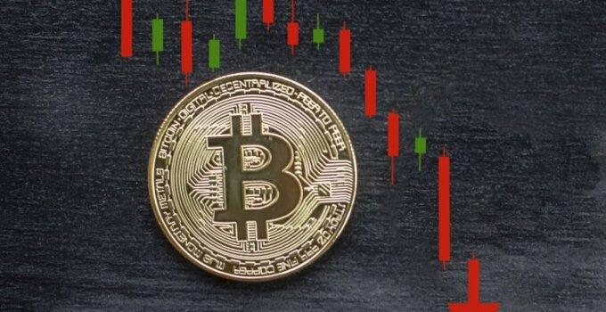 Bitcoin fiyatı 25 bin dolara düşme riski taşıyor